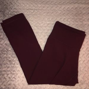 Maroon cropped lulu lemon leggings